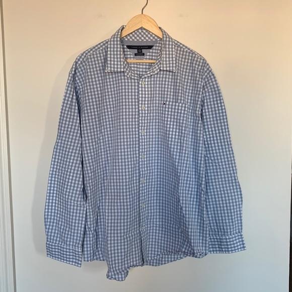 82148df1 Tommy Hilfiger Mens L/S Button Down Shirt Gingham.  M_5c468dbb409c157a0bde8fdd